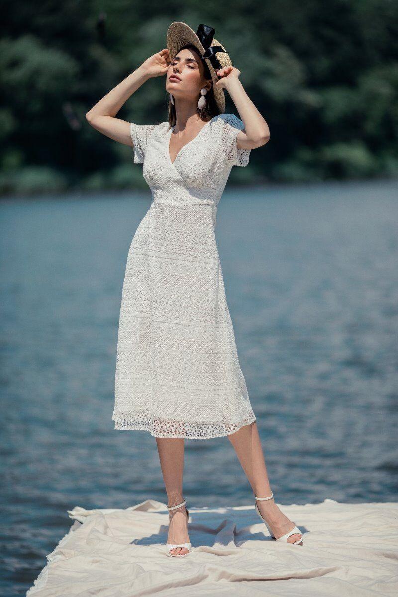 Rochie eleganta PREMIUM din dantela cu detaliu la spate,DP030